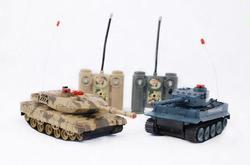 Радиоуправляемая игрушка Властелин Небес Танковый бой (T5061)